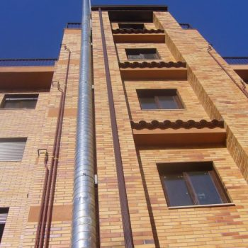 Edificio de viviendas en calle buendia, madrid. 2008